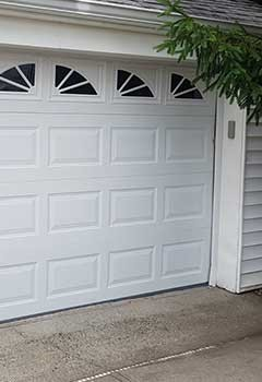 New Garage Door Installation In Sacramento